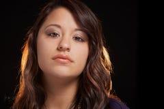 Multi ethnischer sinnlicher Ausdruck der jungen Frau Lizenzfreies Stockbild