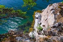 Schöner norwegischer Fjordabgrund Stockbild