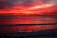 Schöner Ozeansonnenuntergang Stockfoto