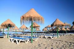Schöner sandiger Doppelpunkt Playa Des Puerto in Adeje auf Teneriffa Lizenzfreie Stockfotografie
