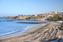 Schöner sandiger Playa de Torviscas in Adeje auf Teneriffa Stockbild