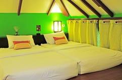 Schöner Schlafzimmer-Innenraum Stockbild