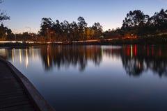 Schöner See in den Springfield Seen an der Dämmerung Stockbilder