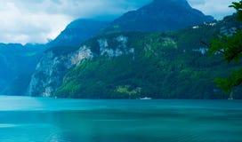 Schöner See in der Schweiz Lizenzfreies Stockbild