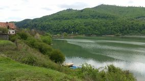 Schöner See in Rumänien lizenzfreie stockbilder