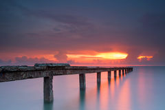 Schöner Sonnenaufgang lizenzfreie stockfotos
