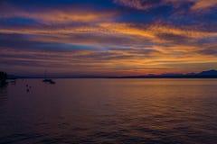 Schöner Sonnenaufgang beim Genfersee die Schweiz Lizenzfreie Stockfotos