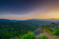 Schöner Sonnenaufgang an kleiner Adams-Spitze in Ella, Sri Lanka Lizenzfreies Stockbild