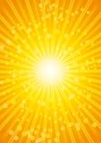 Schöner SonnendurchbruchHitzewellehintergrund mit Objektiv. Stockbilder