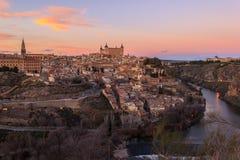 Schöner Sonnenuntergang über altem Toledo Lizenzfreie Stockbilder