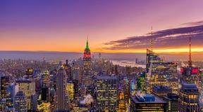 Schöner Sonnenuntergang über Manhattan lizenzfreies stockfoto
