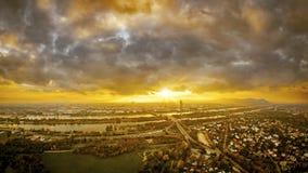 Schöner Sonnenuntergang über Wien stockfoto