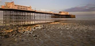 Schöner Sonnenuntergang über Worthing Pier Stockbilder