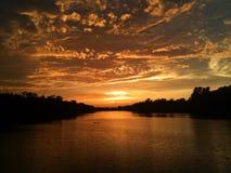 Schöner Sonnenuntergang auf dem Ontariosee Stockfotos