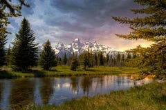 Schöner Sonnenuntergang beim großartigen Tetons lizenzfreies stockfoto