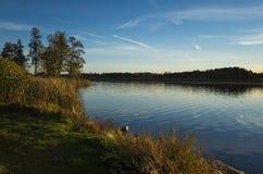 Schöner Sonnenuntergang am Herbstabend in Schweden Skandinavien stockfoto