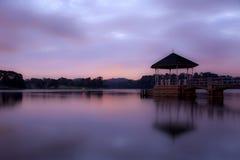 Schöner Sonnenuntergang in Singapur Stockfotos