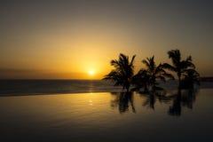 Schöner Sonnenuntergang in Spanien, Gran Canaria lizenzfreie stockfotos
