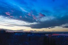 Schöner Sonnenuntergang am Weihnachtstag in Burgas Bulgarien lizenzfreies stockbild