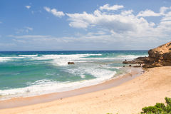 Schöner sonniger Tag am australischen Strand Stockbild