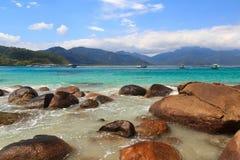 Schöner Strand Aventueiro, Ilha groß, Brasilien Stockfotografie