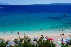Schöner Strand und adriatisches Meer Stockfotos