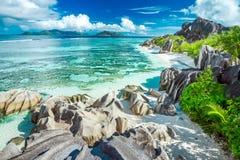 Schöner Strand von Seychellen Stockfotografie