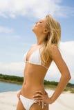 Schöner Sunbather Lizenzfreie Stockbilder