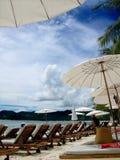 Schöner Tag in einer tropischen Rücksortierung Lizenzfreie Stockfotografie
