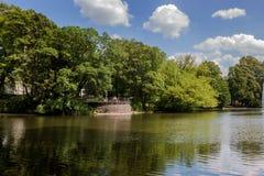 Schöner Volksgarten-Park in Köln Stockfotografie