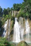 Schöner Wasserfall Lizenzfreies Stockbild