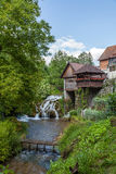 Schöner Wasserfall in Kroatien Stockbilder
