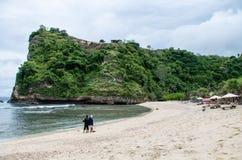 Schöner weißer Sand Atuh-Strand auf Nusa Penida, Bali Lizenzfreies Stockfoto