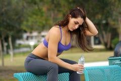 Schöner weiblicher Athlet draußen (8) Stockfotos