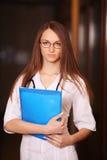 Schöner weiblicher Doktor Lizenzfreie Stockbilder