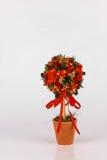 Schöner Weihnachtsbaum auf weißem Hintergrund Stockfotografie