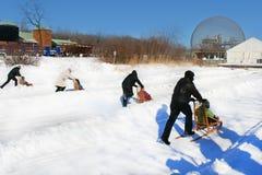 Schöner Wintertag während des Feiertags. Lizenzfreie Stockfotografie