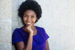 Schönes Afroamerikanermädchen Lizenzfreie Stockbilder