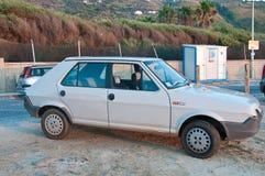 Schönes altes altes Auto der Achtziger Jahre nannte Fiats-ritmo Stockbilder