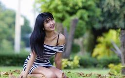 Schönes asiatisches Modell lizenzfreie stockbilder
