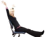 Schönes blondes Frauensitzen Stockbilder