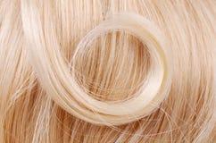 Schönes blondes Haar als Hintergrund Stockbilder