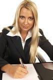 Schönes blondes kennzeichnendes Contr Lizenzfreie Stockfotos
