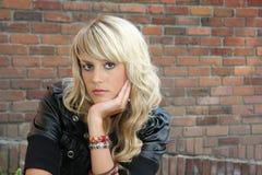 Schönes blondes Mädchen stockfotografie