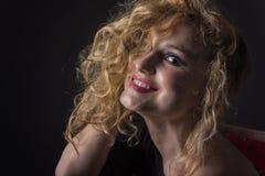 Schönes blondes Mädchen-Lachen Stockbilder