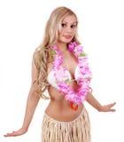 Schönes blondes Mädchen mit hawaiischem Zubehör stockfoto