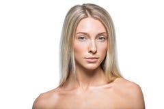 Schönes blondes Mädchen mit natürlichem Make-up Lizenzfreie Stockfotos