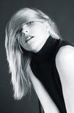 Schönes blondes Mädchenportrait Lizenzfreie Stockfotos