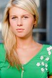 Schönes blondes Mädchenportrait Stockfotos