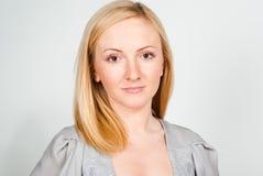 Schönes blondie mit Freckles Lizenzfreies Stockfoto